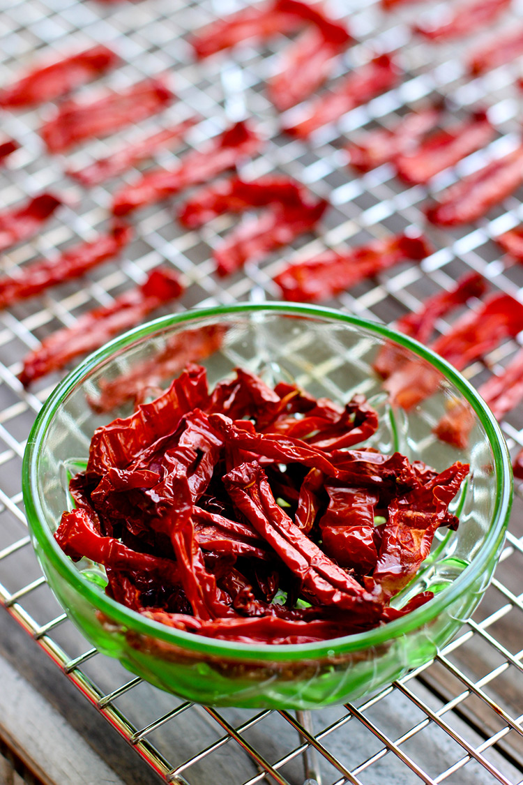 Homemade-Oven-Dried-Tomatoes