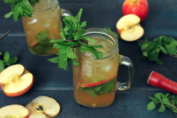 Apple Mint Julep Cocktail