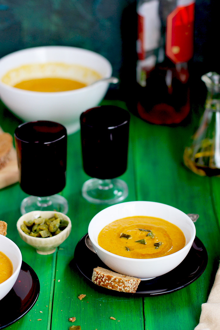 Creamy-Roasted-Pepper-Soup