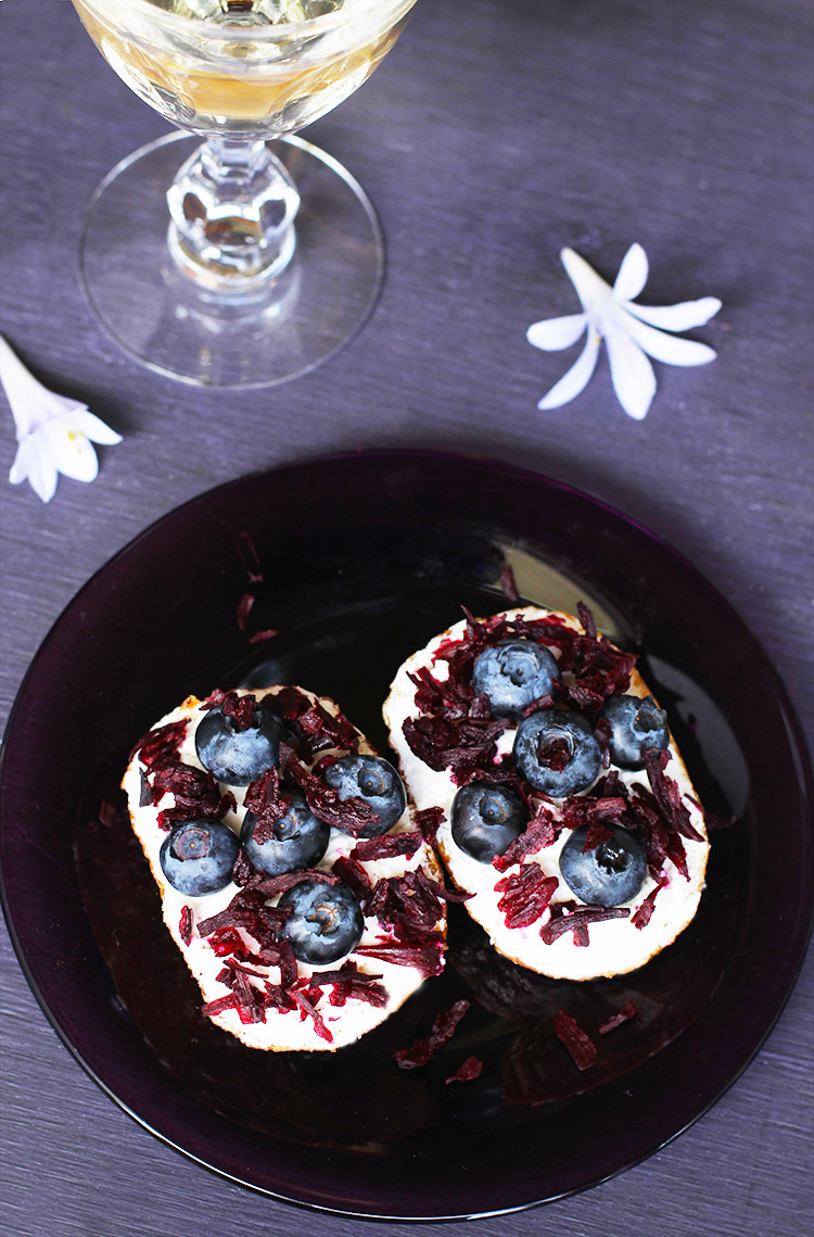 Blueberry-Hibiscus-Flower-Crostini