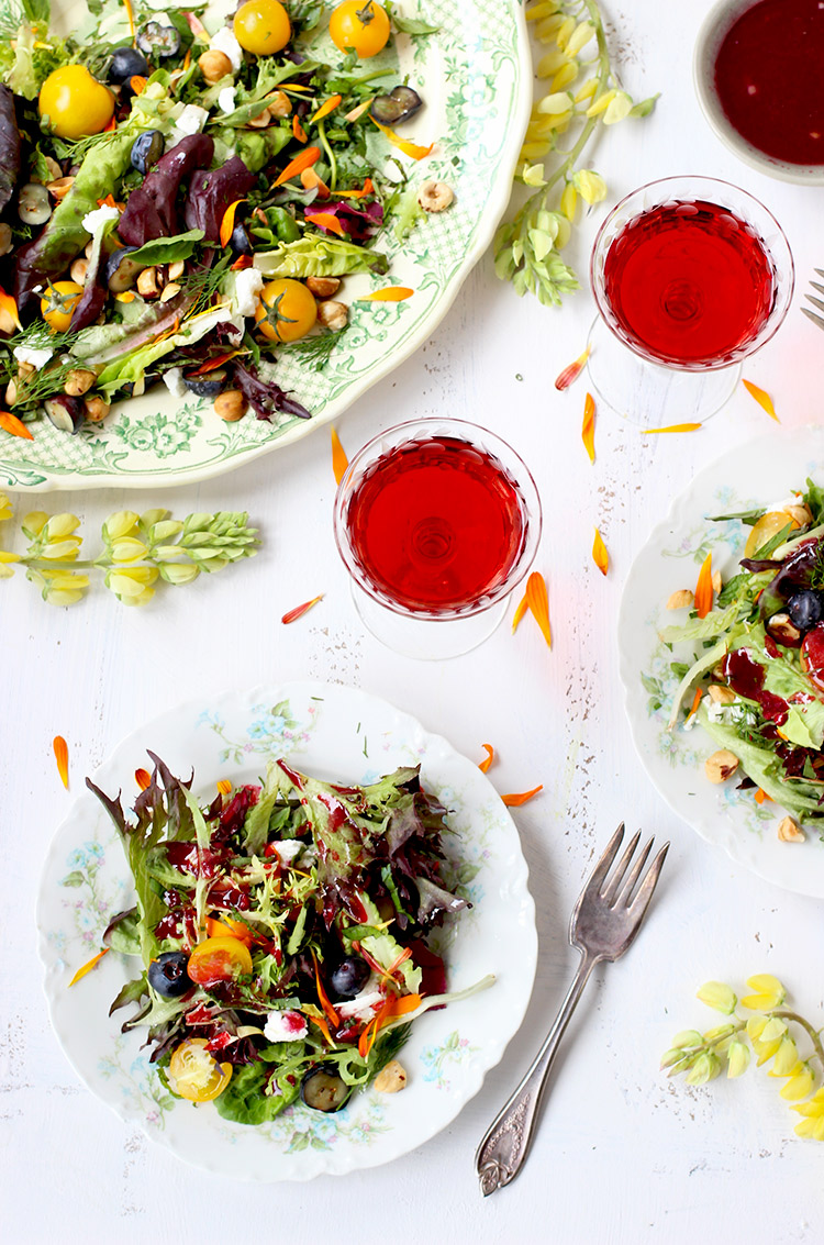 Fresh-Herb-Salad-with-Hibiscus-Vinaigrette