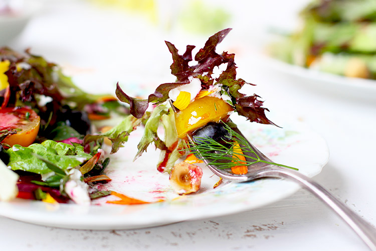 Fresh-Herb-and-Greens-Salad-with-Hibiscus-Vinaigrette