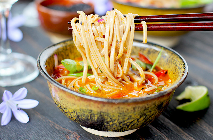 Roasted Red Bell Pepper Sesame Soba Noodle Soup