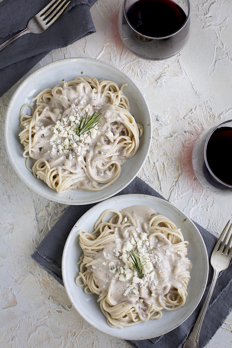 Gorgonzola Rosemary Pesto Cream Sauce